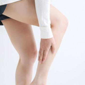 「ふくらはぎの外側が痛い」原因は足裏に?改善方法も紹介