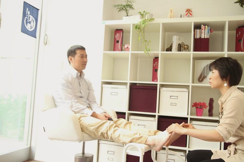 image-踵骨棘の痛みに活用いただいている オーダーインソール | オーダーインソールのクイスクイス