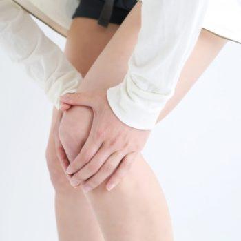 膝痛の原因は足裏に!?O脚、X脚に靴へのインソールのすすめ